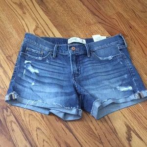 Abercrombie and Fitch Low rise short